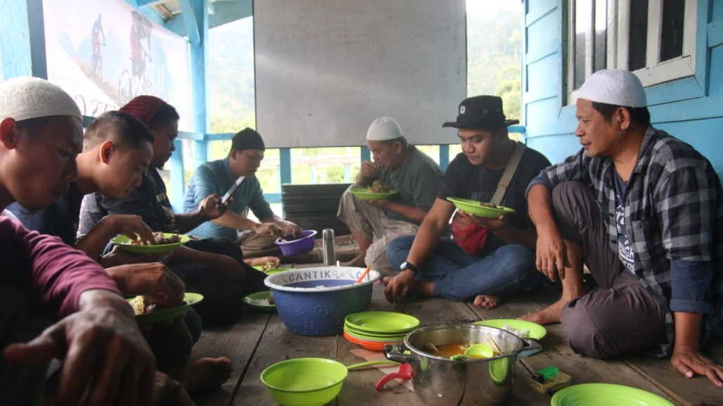 Thanksgiving Meal for the Qurbani in Lau Gedang