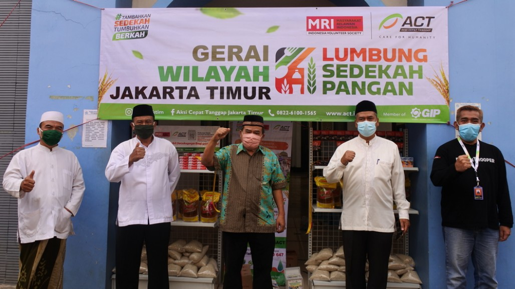 Food Alms Gathering Points in Jakarta Continues to Increase' photo