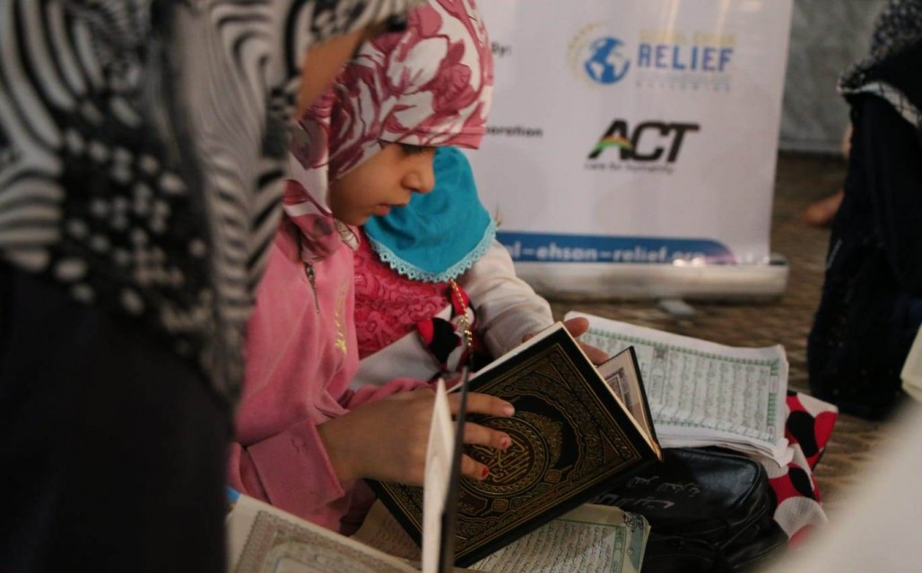 Syrian IDPs Never Stops Learning the Quran