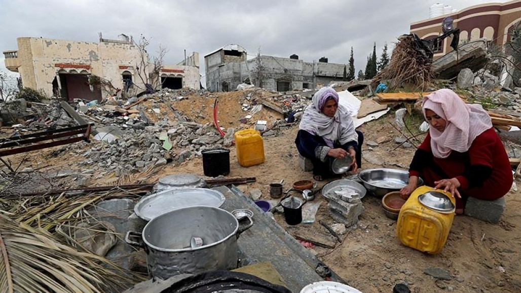 Winter Becomes Increasingly Difficult for Palestinians' photo