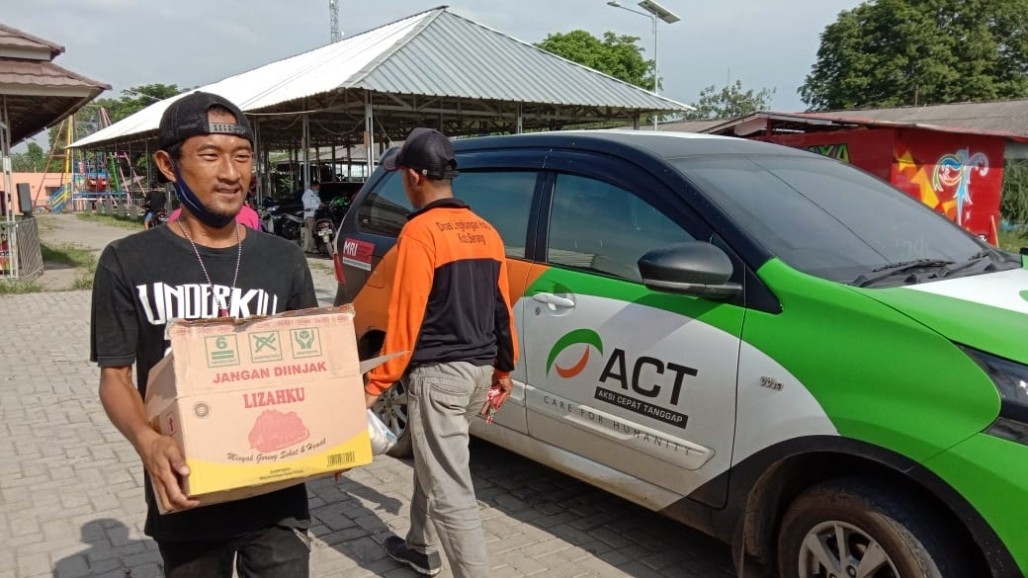 ACT Banten Holds Free Market with the Punk Community