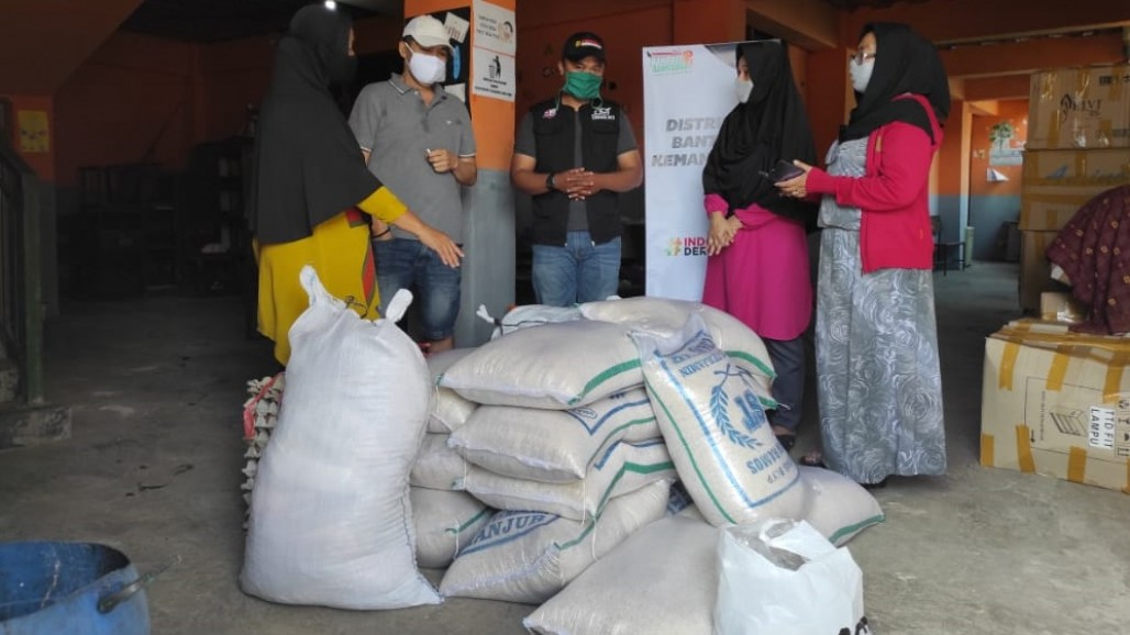 Disaster Relief for Flood Victims in Cicendo, Bandung's image