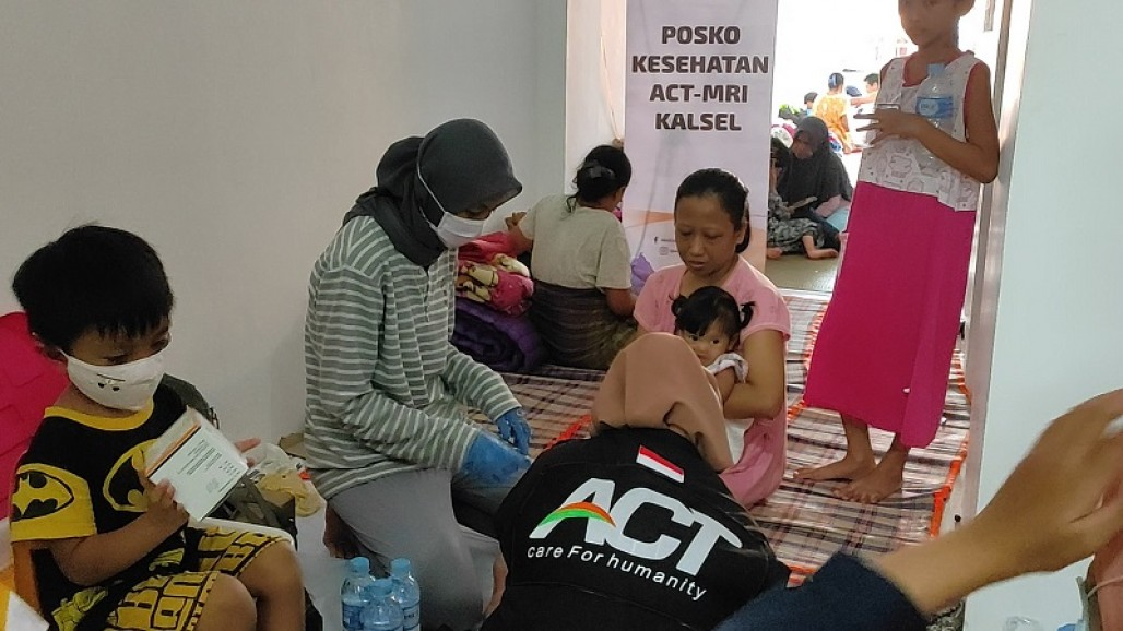 Evacuees Grateful for Accommodation Provided by ACT South Kalimantan photo