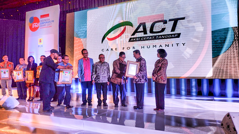 "Malam Penganugerahan IPRA Award 2017, ACT Raih ""The Most Popular Foundation""'s image"