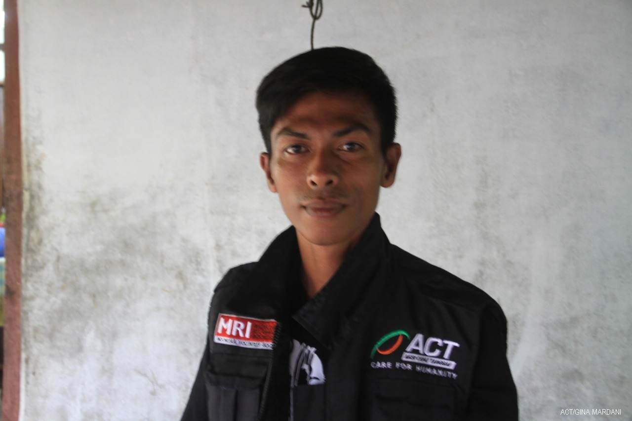 Abdul Latif: Surviving the Tsunami and Helping Volunteers to Reach Beneficiaries's image