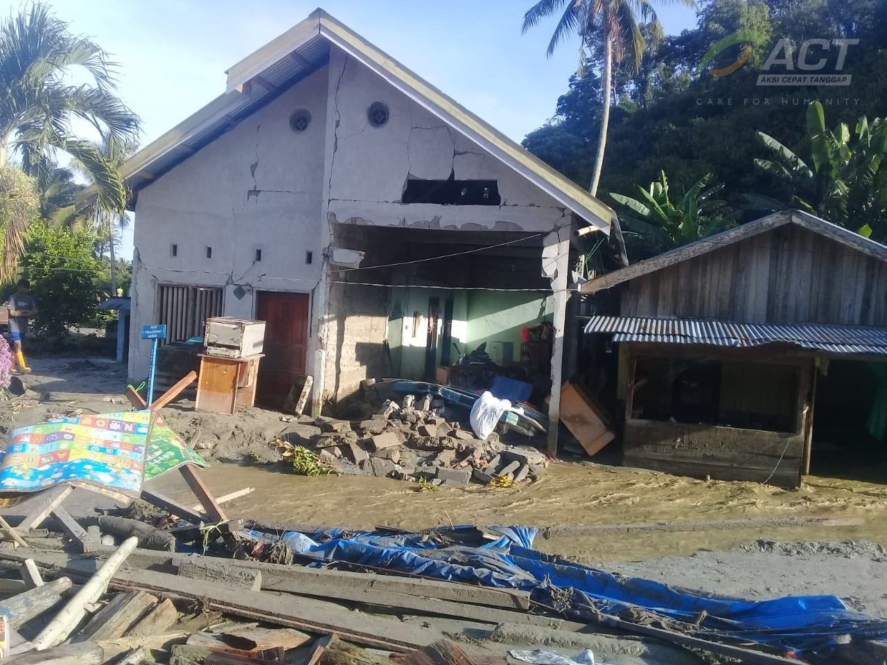 Another Flashflood Hits Salua Village in Sigi's image