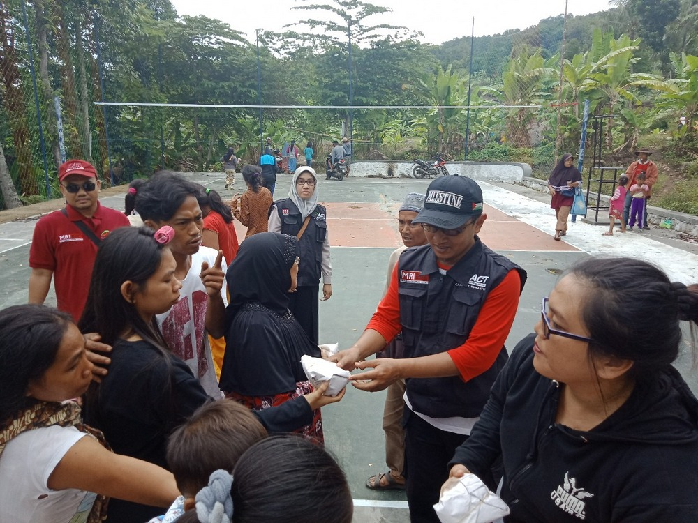 ACT Lampung: Evacuation and Meal Distribution Continue's image