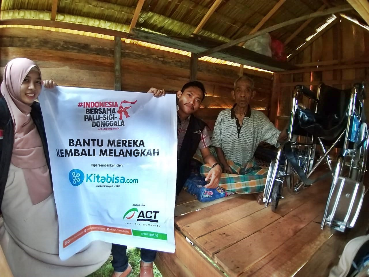 Wheelchairs for Central Sulawesi Disaster Survivors's image
