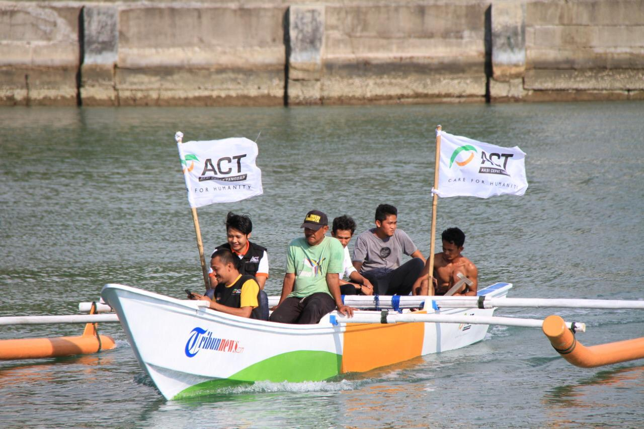 Boat Aid to Revive Tsunami-Affected Fishermen's Economy's image