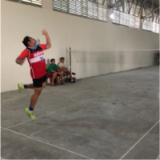 052d60b108eb5 Play badminton with Ralph Canlas on