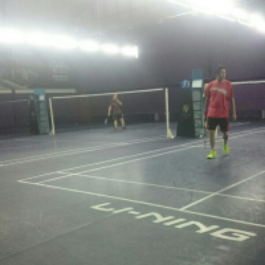 8176a06ef58c3 Play badminton with Firdaus Yaakub on