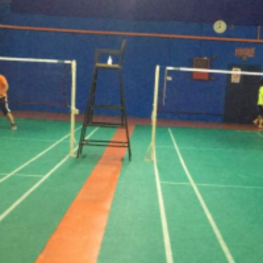7adb217f9a51c Play badminton with Kimman Wky on