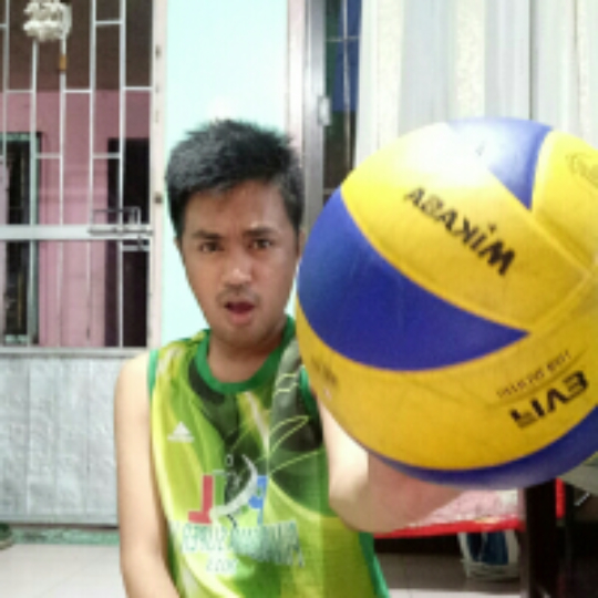 0b2a694130310 Play volleyball with Jeff Magno on