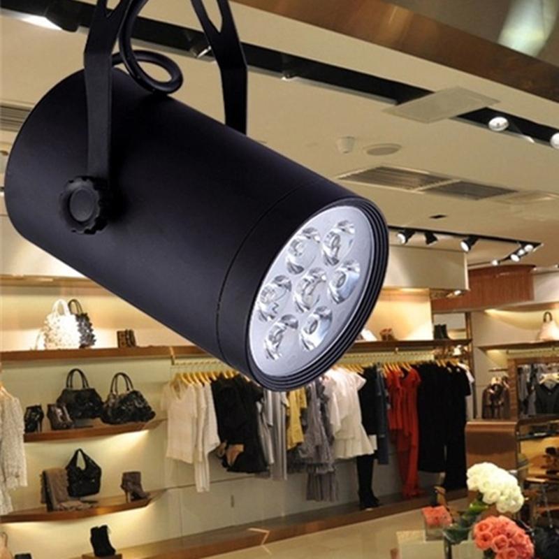 Cách Sử Dụng Đèn LED Trang Trí Cửa Hàng Thời Trang