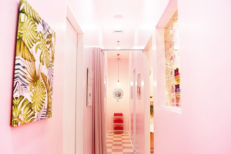 Pink Parlour Pink Parlour - Capitol Piazza Latest Promotions, Services, Operating Hours - Daily Vanity Salon Finder