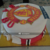 Manchester United logo printed birthday cake beautifully baked is so delicious and eye pleasing. You choose your favorite football club, we will bake your favorite one with your own favorite flavor and design. FREE HOME DELIVERY*.   All cakes are baked with hygiene and quality in the top of our priority at our own state-of-the-art baking facility and quality checked twice by our expert QC team before delivery. You can send cakes or gifts to your loved ones in Nepal or shop online for yourself in Nepal with UG Bazaar, a pioneer in online shopping in Nepal.