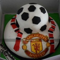 Manchester United Logo print birthday cake baked with football design is so delicious and eye pleasing. You choose your favorite football club, we will bake your favorite one with your own favorite flavor and design. FREE HOME DELIVERY*.   All cakes are baked with hygiene and quality in the top of our priority at our own state-of-the-art baking facility and quality checked twice by our expert QC team before delivery. You can send cakes or gifts to your loved ones in Nepal or shop online for yourself in Nepal with UG Bazaar, a pioneer in online shopping in Nepal.
