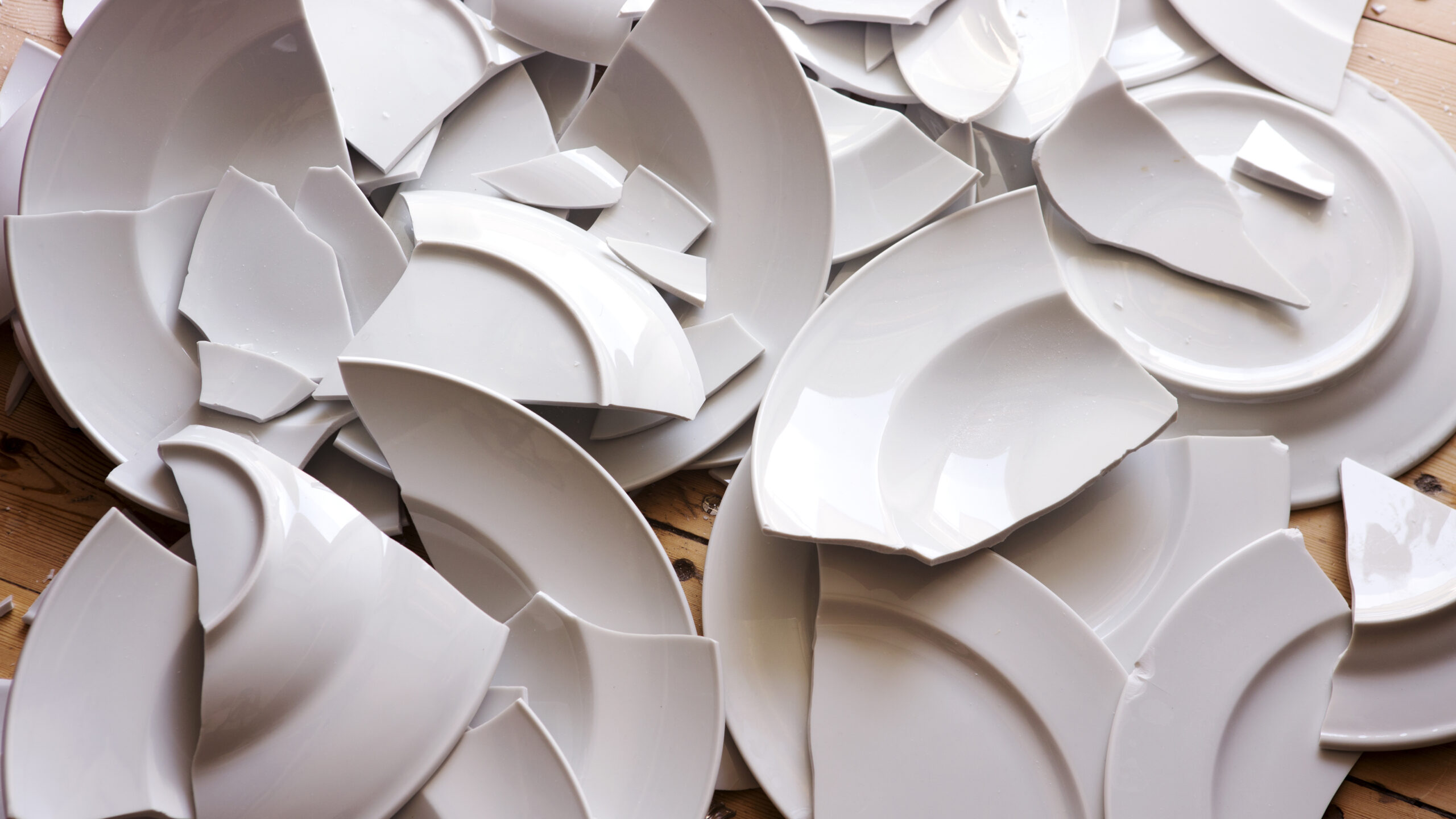 Breaking plates on New Year's Eve is the norm in Denmark!