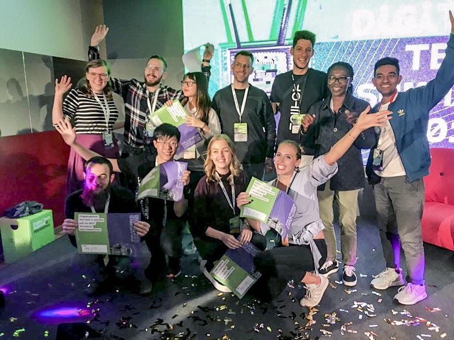 逢甲大學學生赴德國參加紐倫堡技術孵化中心10月11日至13日主辦的「Digital Tech Summit 2019」,並於黑客松賽事取得佳績。