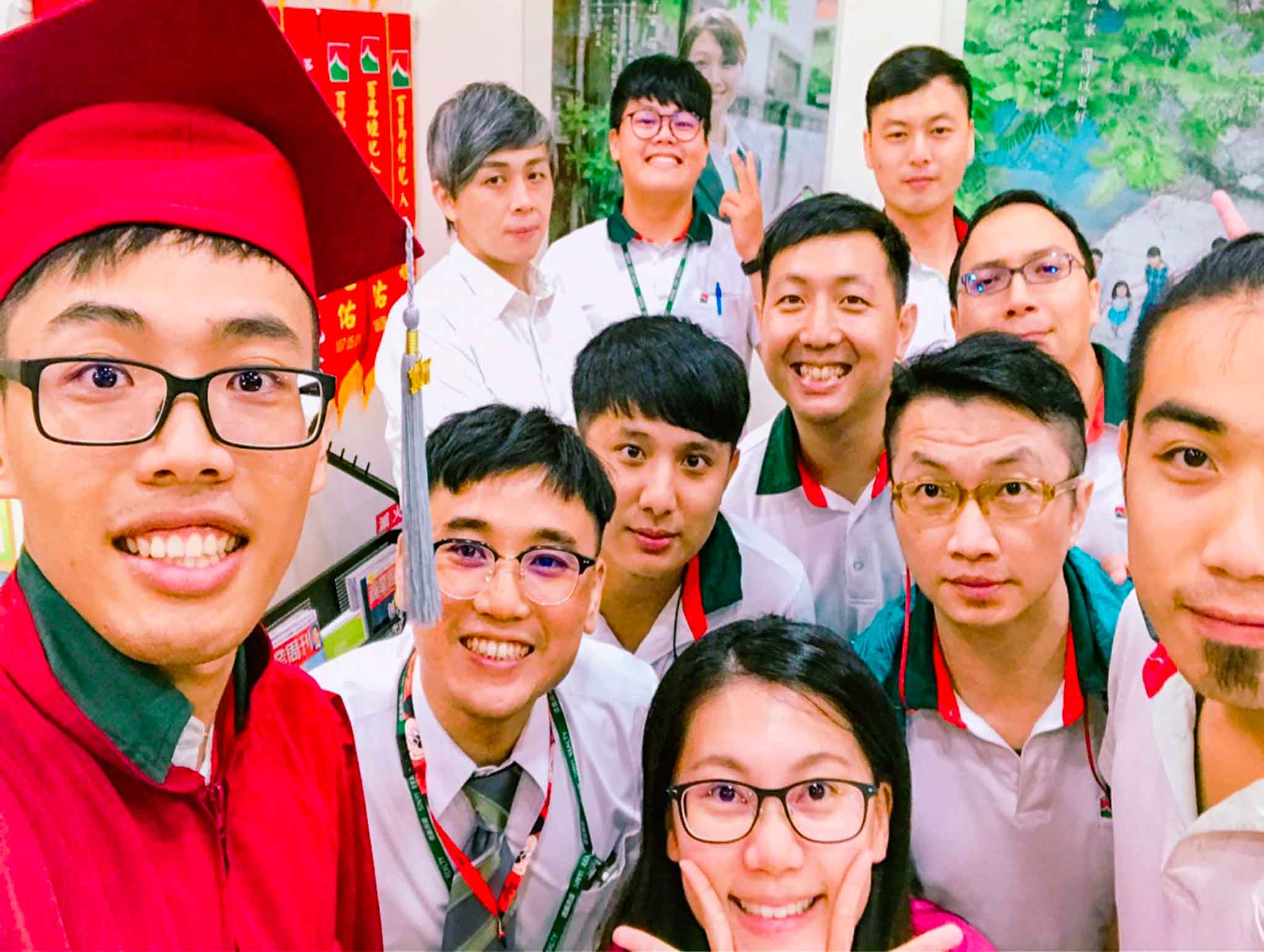大學生愛分享_逢甲大學國際經營與貿易學系江柏昇_信義房屋實習經驗