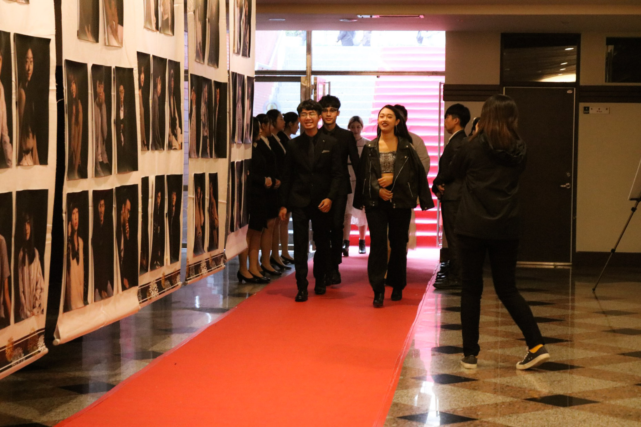 行銷影展 - 大二的同學走紅毯