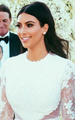 rs_634x1024-140528094723-634.Kim-Kardashian-Beauty-JR-52814