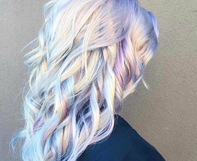 Meet The Holographic Hair Trend - Styleicons