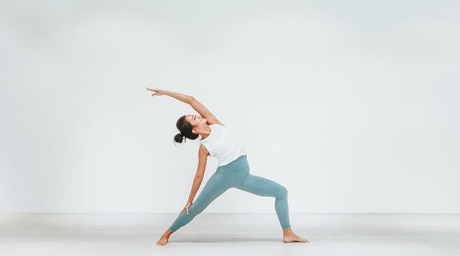 yoga- THE EDGE SINGAPORE