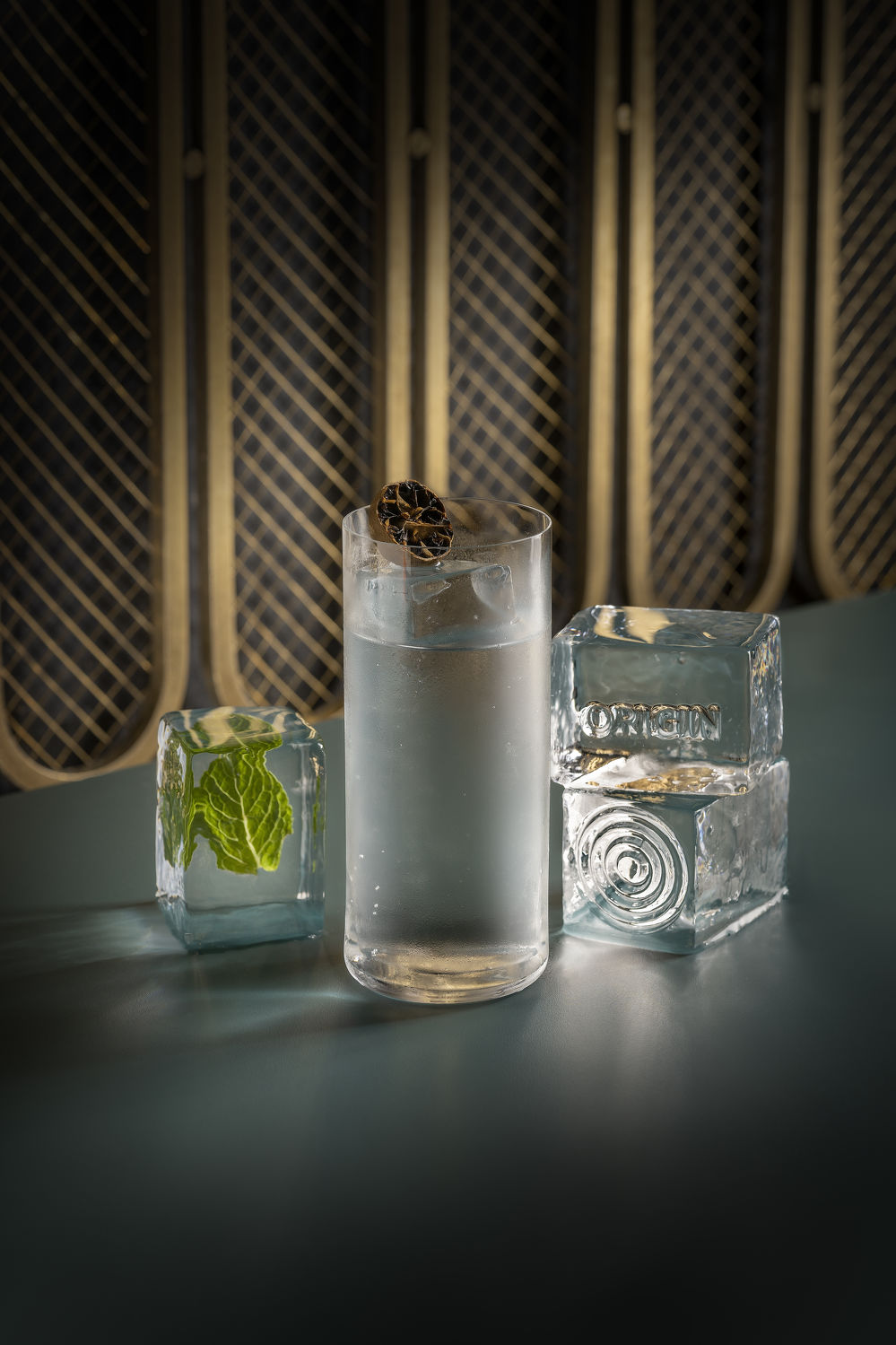 Origin Bar Crystal Mojito - THE EDGE SINGAPORE