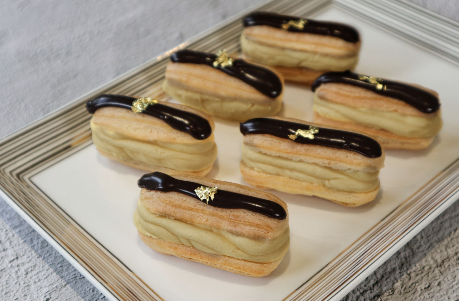 Coffee-Lounge-Mao-Shan-Wang-Mini-Eclair - THE EDGE SINGAPORE