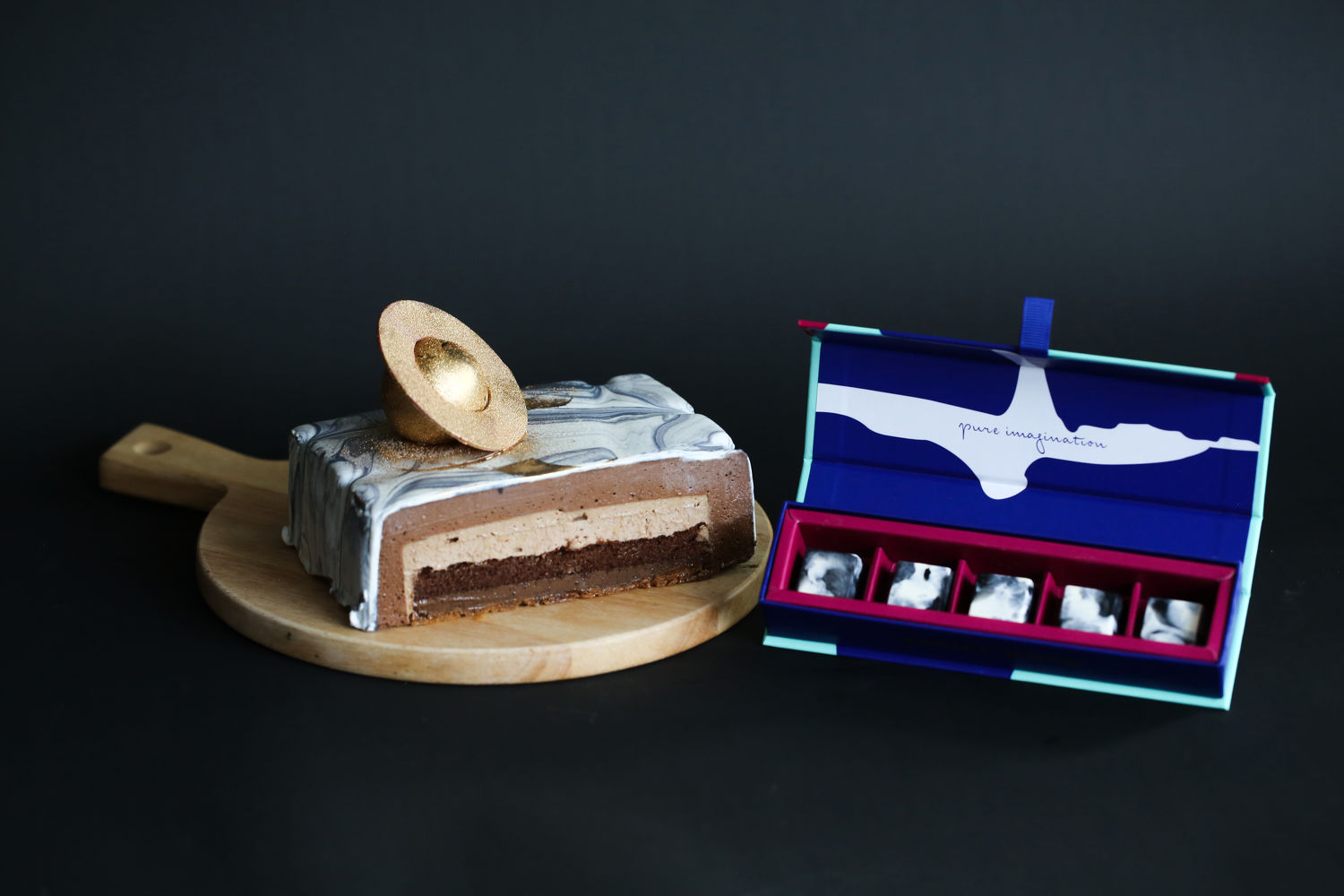 Father-s-Day-Celebration-Cake-Package-WEETS-CREDIT-JANICE-WONG-SINGAPORE - THE EDGE SINGAPORE