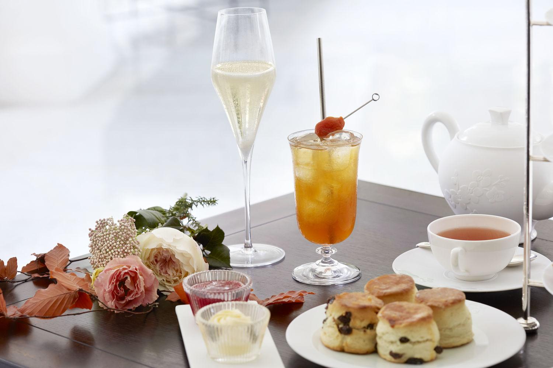 Close up Cocktails - THE EDGE SINGAPORE
