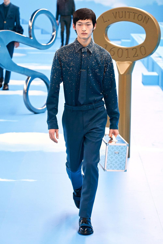 Louis-Vuitton - THE EDGE SINGAPORE