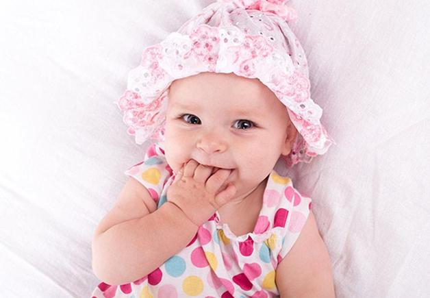 10 Inspirasi Rangkaian Nama Bayi Perempuan Beserta Artinya